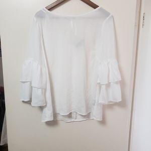 2/$30 Gorgeous blouse !!!!